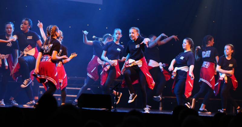eNgage dancers